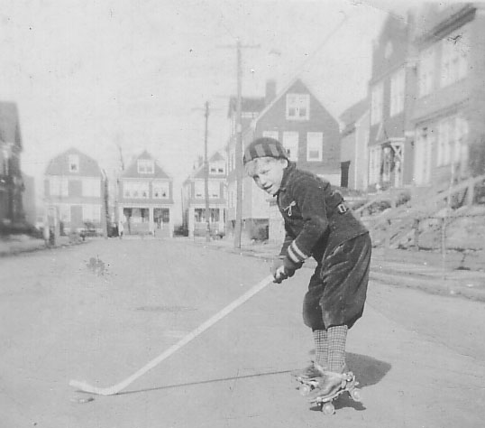 DadHockey-WideStreet-BlackandWhite-crop