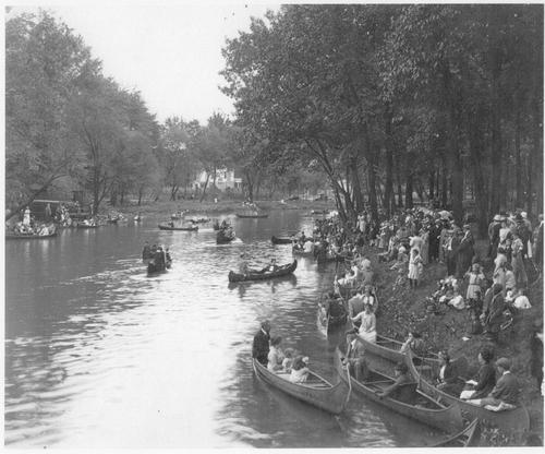 Cranford_river_carnival_1910
